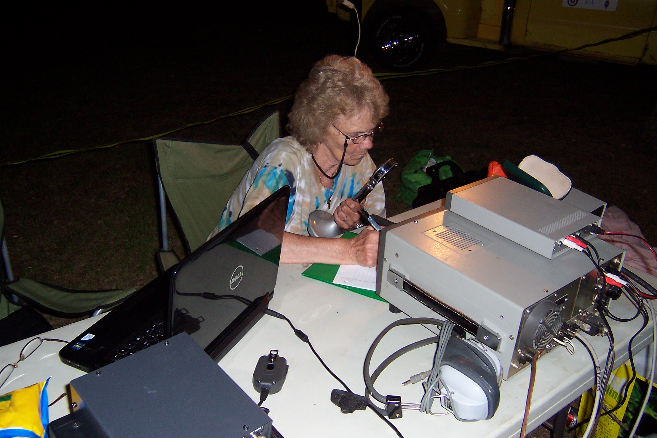 Ellen KC2UQI on the 20m Station